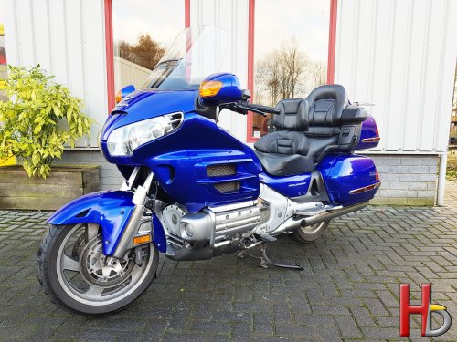 SOLD! Goldwing GL1800A 2005